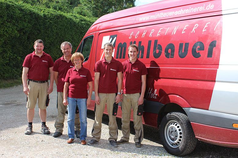 Das Team der Schreinerei Mühlbauer in Postau